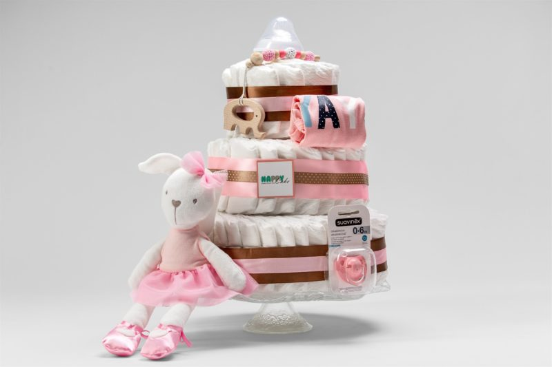 עוגת טיטולים 3 קומות - בנות